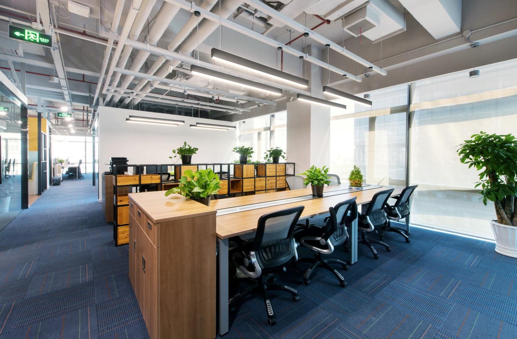 如何創造一個輕松的辦公環境